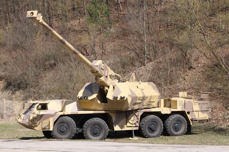 Опытный образец словацкой 155-мм/52 самоходной гаубицы Zuzana 2.