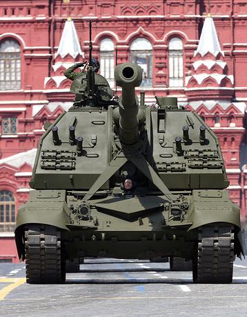 """Самоходная гаубица бригадного звена 2С35 """"Коалиция-СВ"""" калибра 152 мм."""
