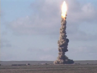 Запуск противоракеты 53Т6. Фото с сайта warfare.ru.