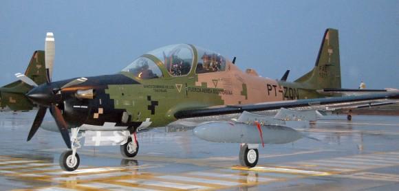 Легкий штурмовик А-29 Super Tucano. Источник: www.aereo.jor.br.