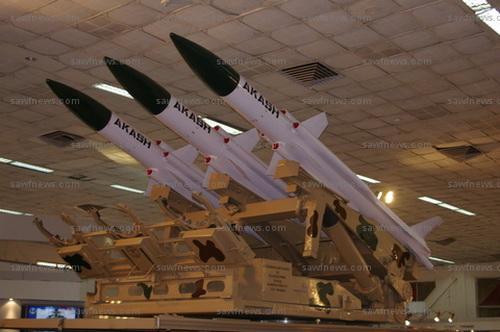 """Индийский зенитный ракетный комплекс (ЗРК) среднего радиуса действия """"Акаш"""" (Akash)"""