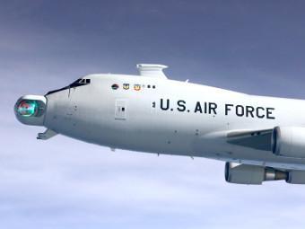 Турель с боевым лазером, установленная на носу B747-400F. Фото с сайта boeing.com.