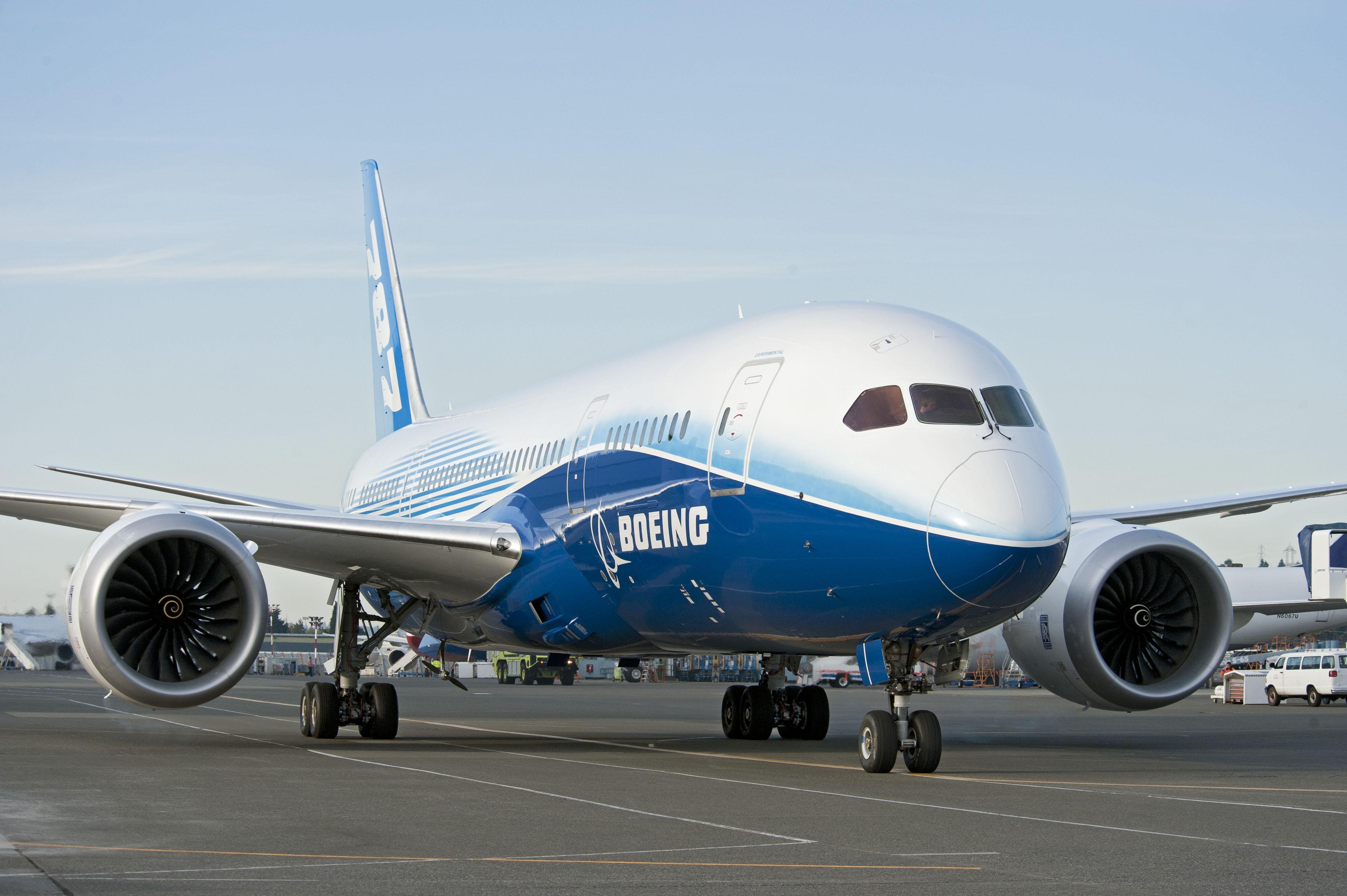 Boeing 787 Dreamliner. Источник: cdn.airnation.net.