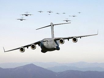 Boeing_C-17_GloabmasterIII