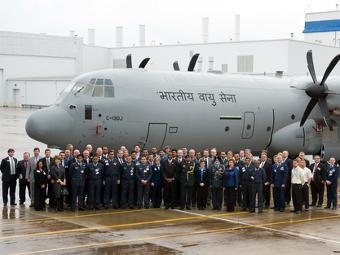 Церемония передачи Индии транспортника C-130J-30. Фото с сайта lockheedmartin.com