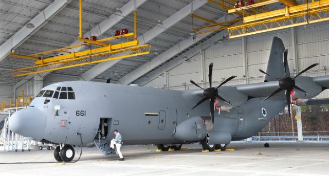 Военно-транспортный самолет Lockheed Martin C-130J для ВВС Израиля. Источник: www.flightglobal.com