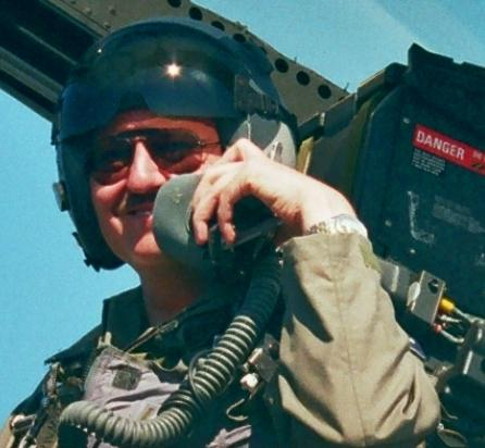 Основатель известного национального военного Интернет-ресурса Ausairpower.net доктор Карло Копп.