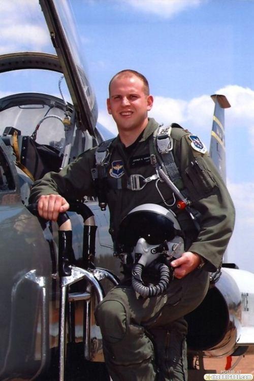 F-22-crash-Jeffrey_Haney