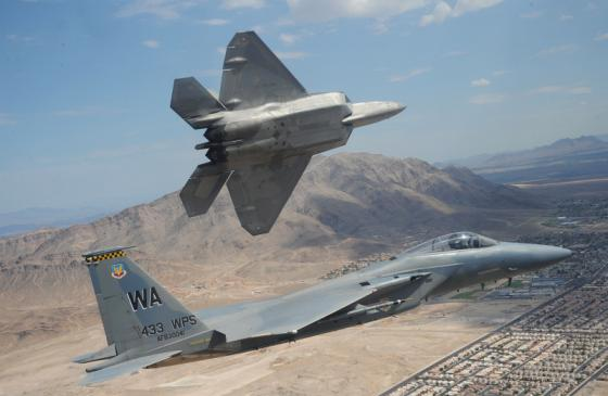 F-22A-Raptor-F-15-Eagle-Nellis-Air-Force-Base-Nevada-20100716