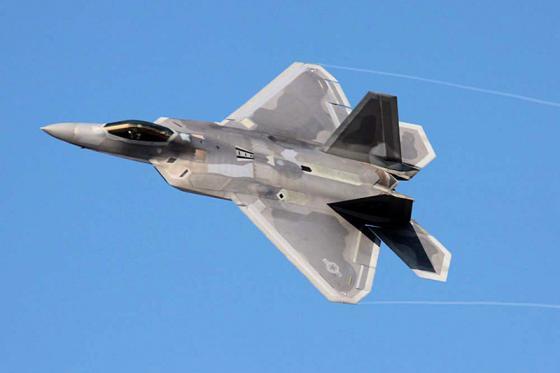 F-22_Raptor_001