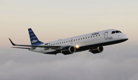 Jet_Blue_Embraer-190
