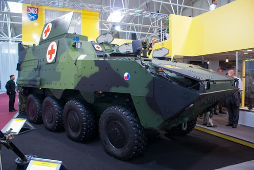 бронетранспортер 8х8 Pandur II в варианте машины медицинской помощи KOT-Zdr. источник http://www.militaryparitet.com.