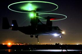 """Конвертоплан MV-22 """"Оспри"""" в варианте """"блок С"""" (Block C MV-22 Osprey) Фото с сайта defense.gov."""
