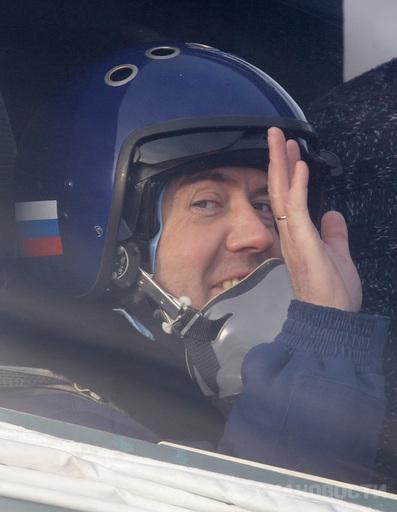 Напомню, Президент России Дмитрий Медведев в связи с ситуацией вокруг