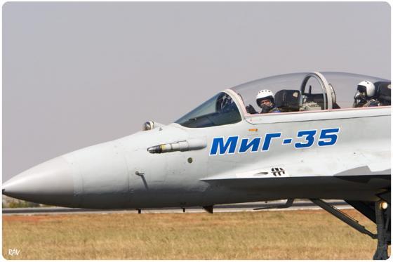 MiG-35_001