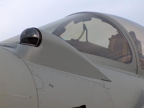 Eurofighter Typhoon (Еврофайтер Тайфун) — многоцелевой истребитель с передним горизонтальным оперением