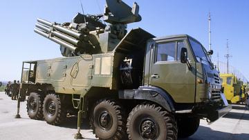 """Зенитный ракетно-пушечный комплекс (ЗРПК) """"Панцирь-С1""""."""