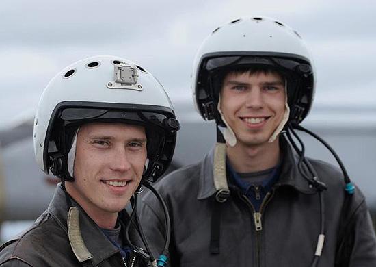 Из Краснодарского и Сызранского филиалов ВУНЦ ВВС к выпуску готовятся...  В этом году в Краснодарском, Сызранском...