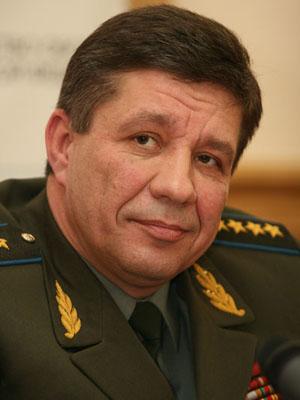 Поповкин Владимир Александрович - родился 25 сентября 1957 г. в г. Душанбе.