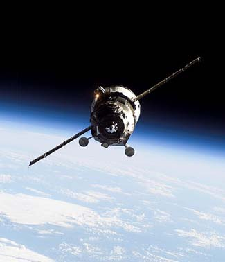 """Космический грузовик """"Прогресс М-09М"""". Источник: news.flmaster.kz."""