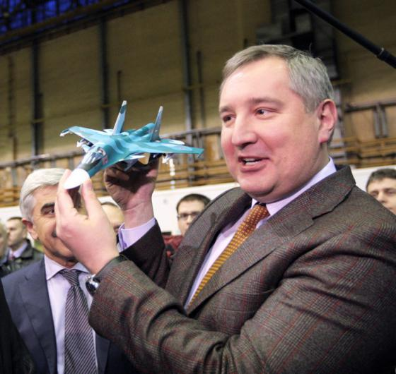 Rogozin_with_toy_001