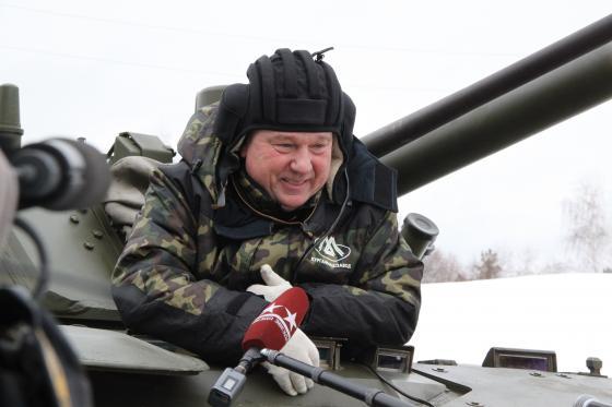 Shamanov_in_Kurganmashzavod_001