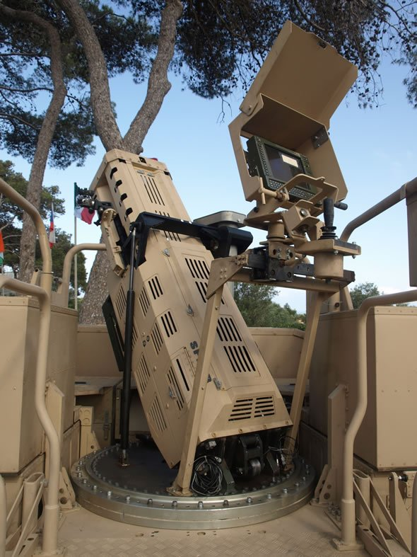 Израильская 120-ти миллиметровая автономная минометная системя с мягкой отдачей Soltam SPEAR, предназначенная для легких колесных платформ (Elbit Systems).