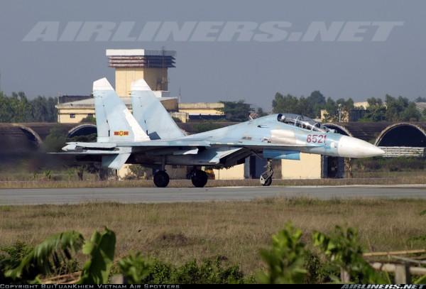 Су-27УБ ВВС Вьетнама.