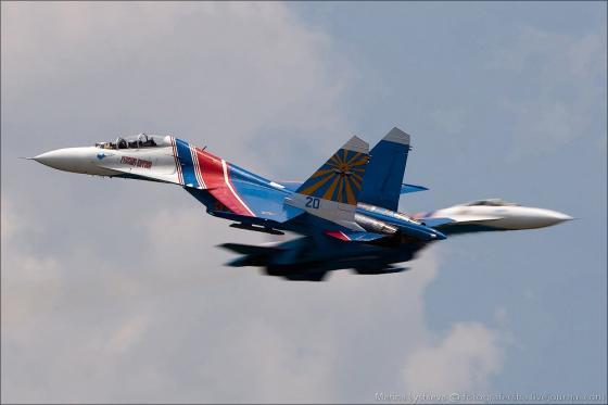 Su-27_vityazi_001