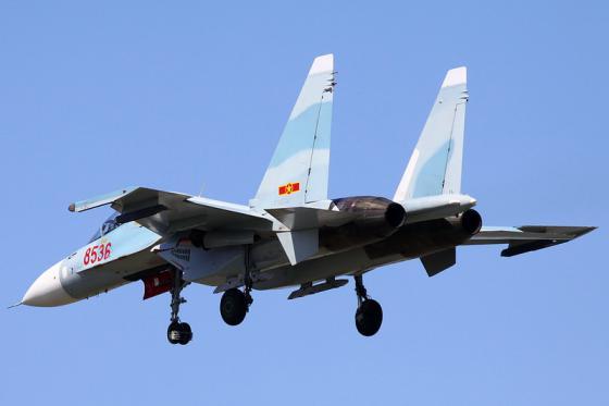 Su-30MK2_Vietnam_002