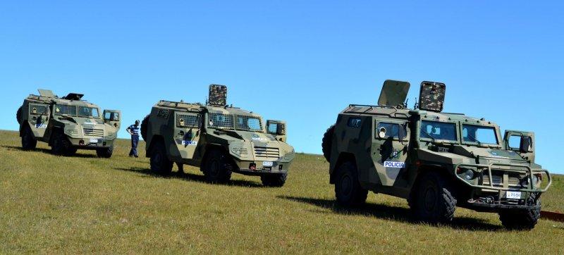 Бронемашины Tigre (специальная экспортная версия СПМ-2) в распоряжение Guardia Metropolitana Уругвая.