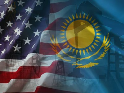 Флаги США и Казахстана. Источник: Военное обозрение.
