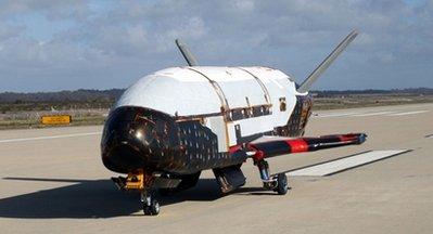 Экспериментальный автоматический многоразовый космический корабль Х-37В Orbital Test Vehicle.