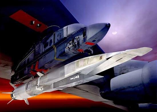 Беспилотный летательный аппарат Х-51А WaveRider (США) .