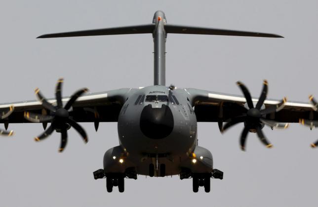 Военно-транспортный самолет Airbus A400M, 12.05.2015.