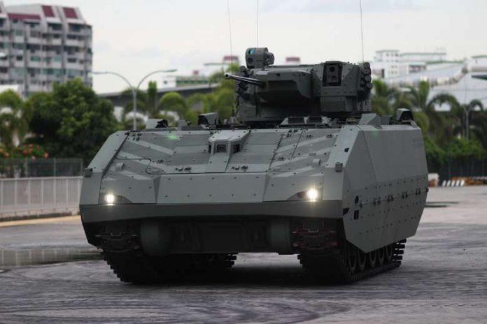 Опытный образец перспективной сингапурской боевой машины пехоты.