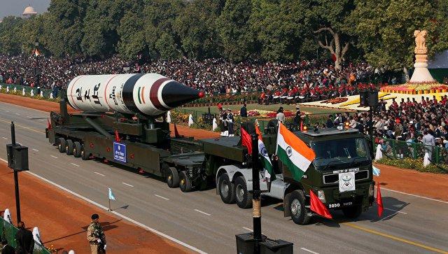 Межконтинентальная баллистическая ракета Агни-5 во время военного парада в Нью-Дели. Архивное фото.