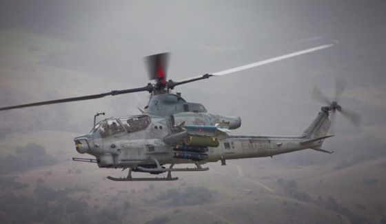 Вертолет Bell AH-1Z Viper