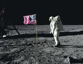 Американцы замахнулись на Луну еще в прошлом веке. Фото с сайта www.nasa.gov