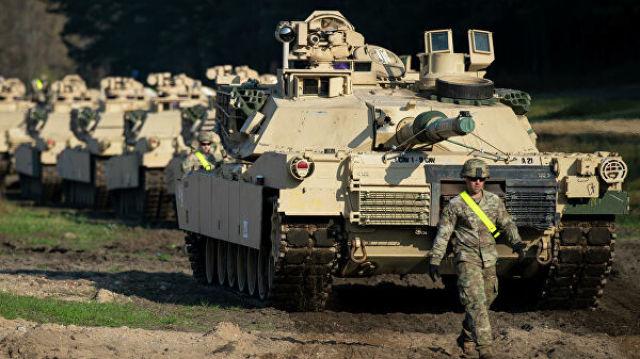 """Американские танки """"Абрамс"""" в городе Пабраде, Литва. 21 октября 2019"""
