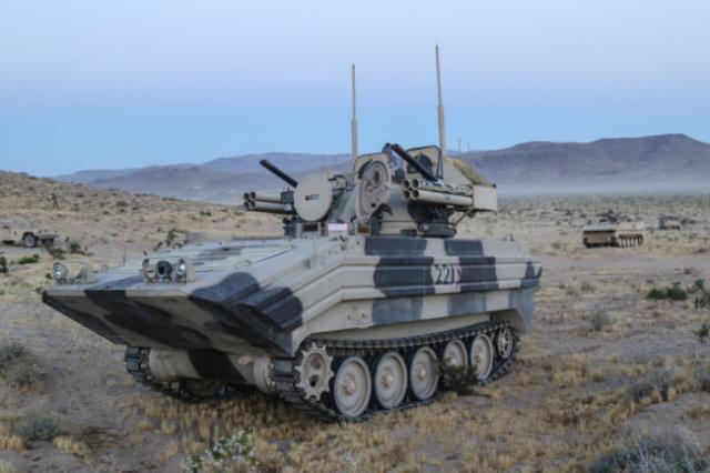 """Американский макет """"Тунгуски"""" на базе M113."""