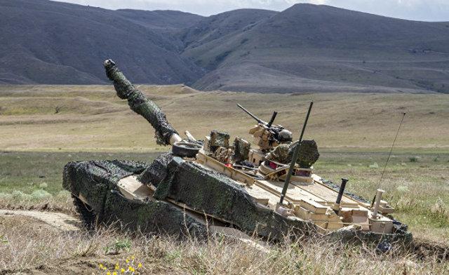 "Американский танк ""Абрамс"""