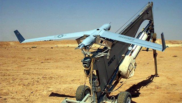 Американский беспилотный летательный аппарат (БПЛА) ScanEagle на катапульте. Архивное фото.