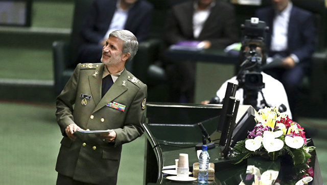Министр обороны Ирана Амир Хатеми.