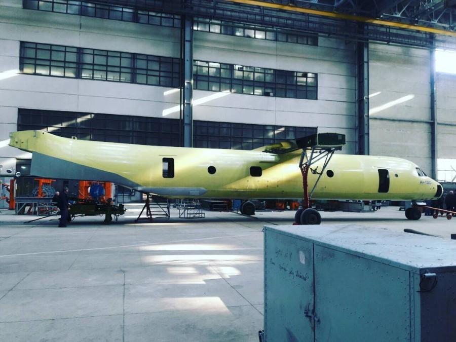 Фюзеляж первого самолета-демостратора Ан-132D, февраль 2016 года