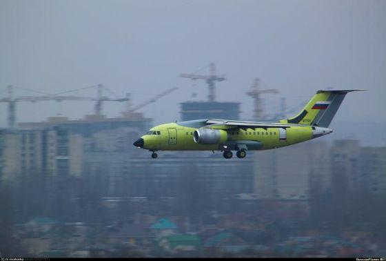 Самолет Ан-148-100Е