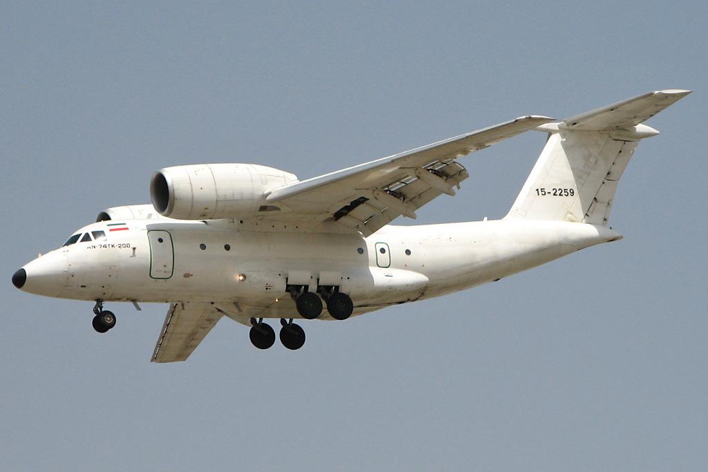 Транспортный самолет Ан-74ТК-200. Источник: avia-mir.com.