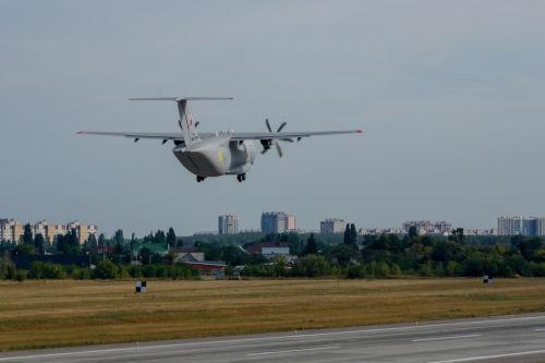 Архивное фото Ил-112В