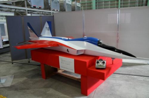 Модель японского истребителя ATD-X.