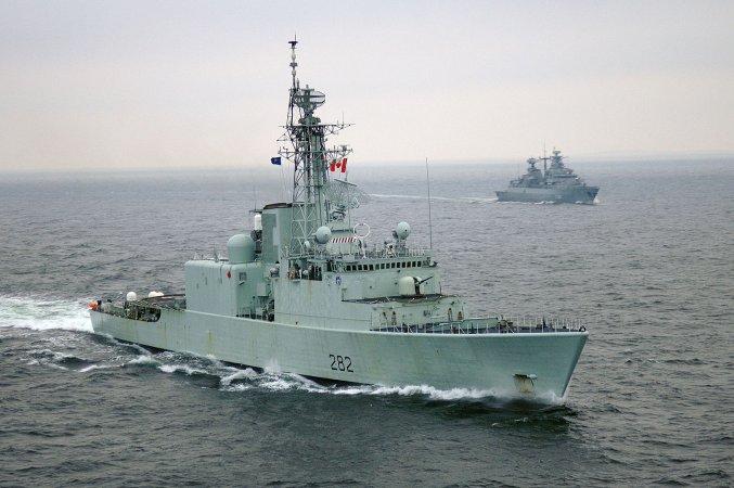Эсминец Athabaskan, ВМС Канады.